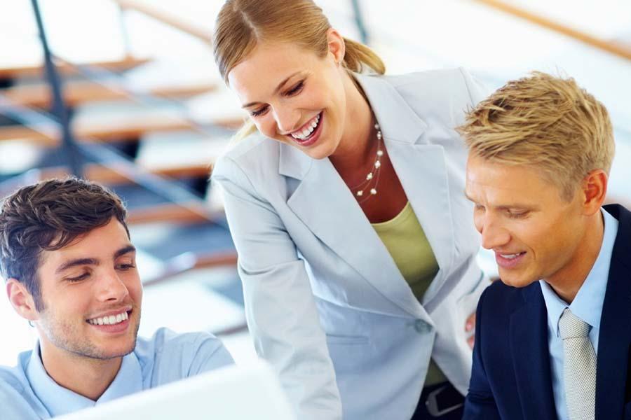 Digitalisierung auf der Basis integraler  Unternehmens-und Personalentwicklung